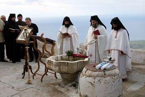 Epiphany_Mass_in_the_Monastery_of_Prophet_Elias_of_Santorini